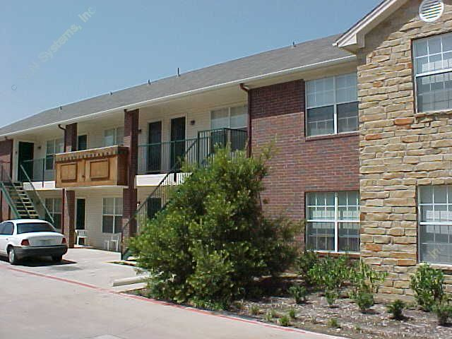 Cornerstone Apartments Denton TX