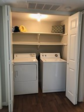 Laundry at Listing #140372