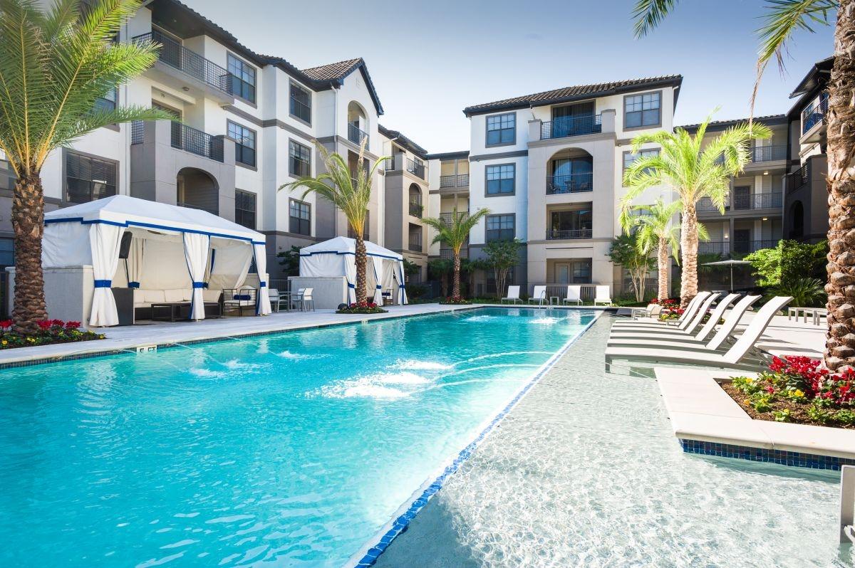 Pool at Listing #139080