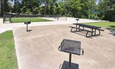Picnic Area at Listing #137257