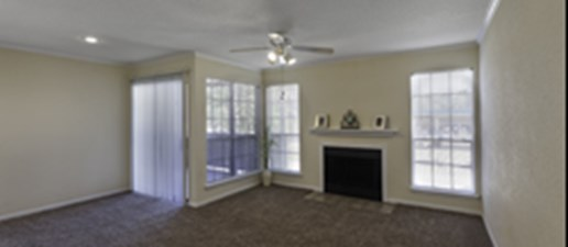 Living Room at Listing #138656