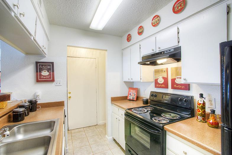 Kitchen at Listing #141003
