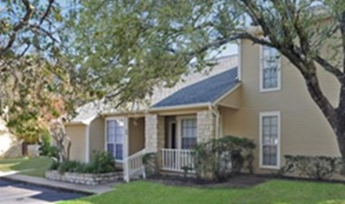 Exterior at Listing #140449