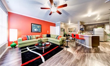 Living Room at Listing #140682