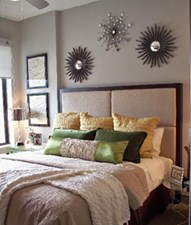 Bedroom at Listing #147785
