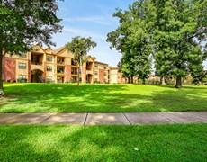 Lakeshore Villas Apartments Humble TX