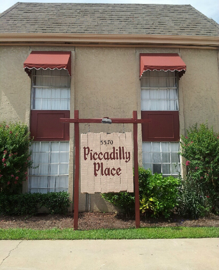 Piccadilly Apartments: $550+ For 1, 2 & 3 Bed Apts