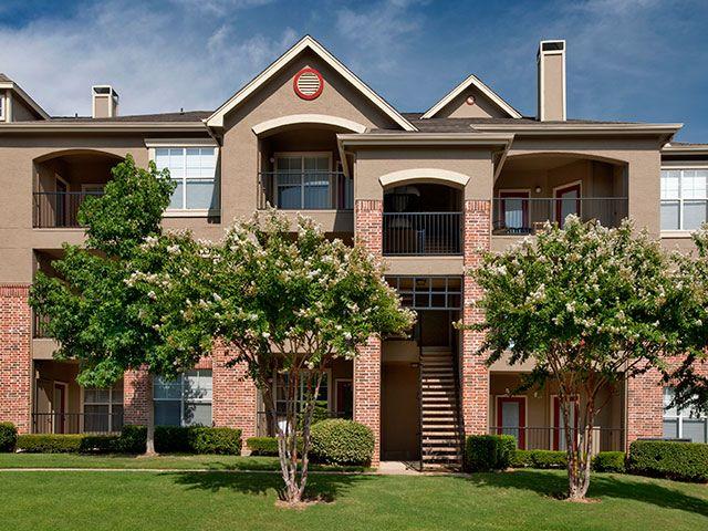 Archstone Lexington Apartments