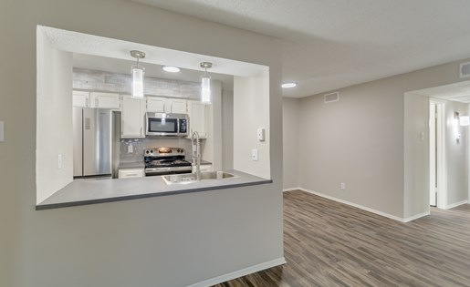 Dining/Kitchen at Listing #136065