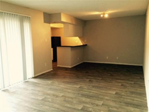 Living at Listing #140366