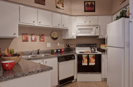 Kitchen at Listing #139936
