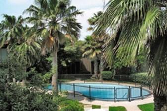 Pool at Listing #138490