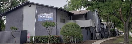 600 East Apartments Arlington TX