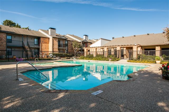 Pool at Listing #136240