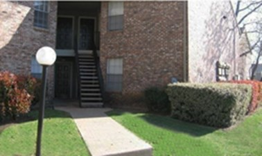 Exterior at Listing #136350