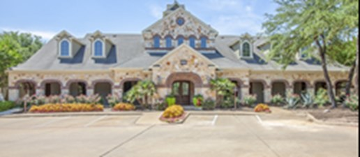 Exterior at Listing #140690