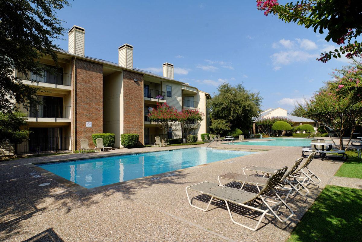 Pool at Listing #135981