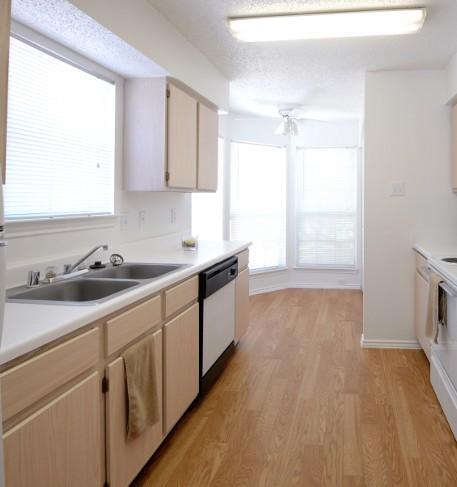 Kitchen at Listing #135768