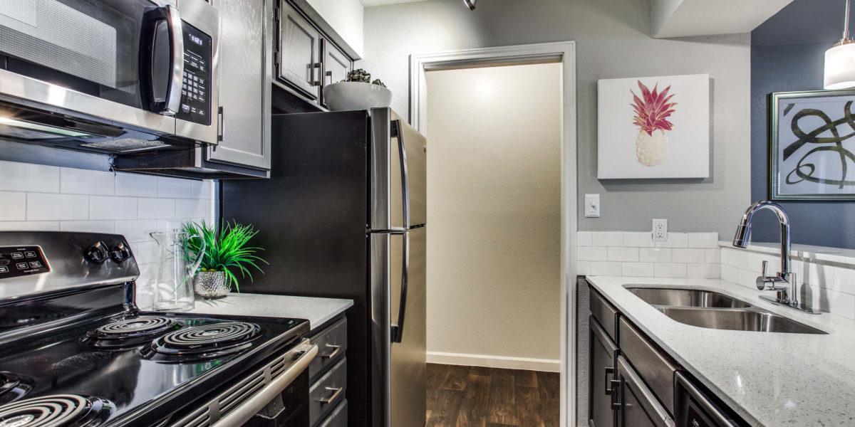 Kitchen at Listing #137009