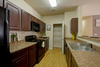 Kitchen at Listing #150296