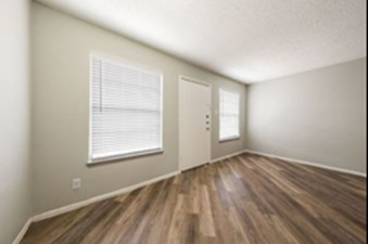 Living at Listing #140913