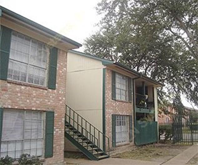 Apt Houston: $665+ For 1, 2 & 3 Bed Apts
