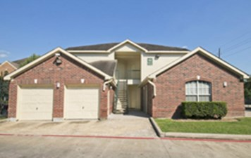 Exterior at Listing #140015