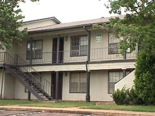 Huntington Chase ApartmentsArlingtonTX