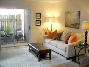 Living at Listing #140071