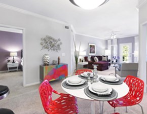 Dining at Listing #140611