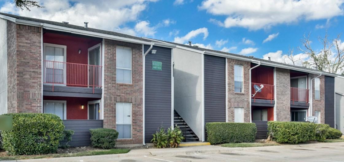 6Eleven Lamar Apartments