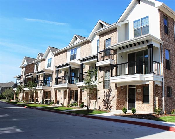 Parkside Towns Apartments Richardson, TX