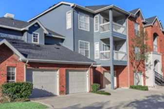 Exterior at Listing #141306