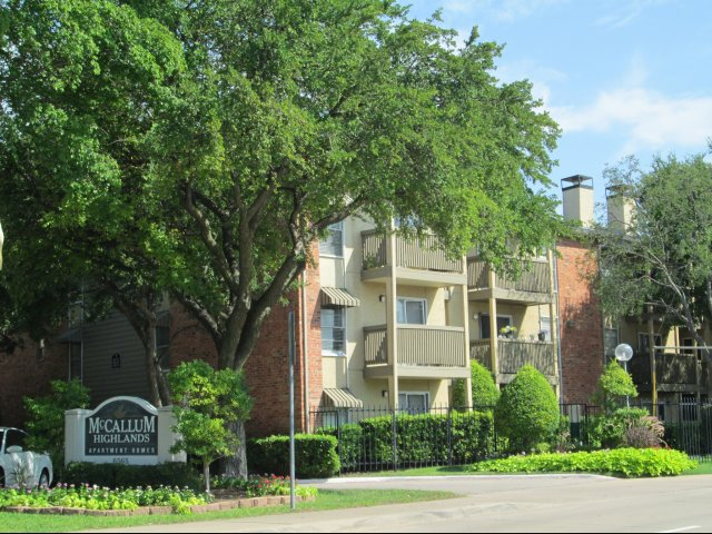 McCallum Highlands ApartmentsDallasTX