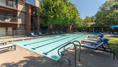 Pool at Listing #140466