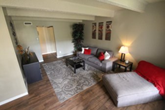 Living Area at Listing #135822