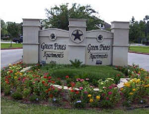 Green Pines Apartments , TX
