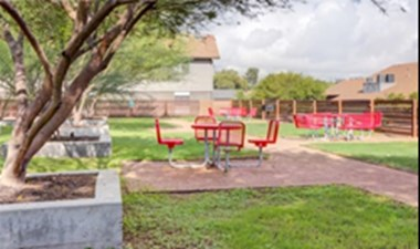 Picnic Area at Listing #140258