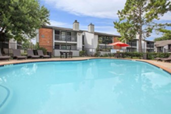 Pool at Listing #138451