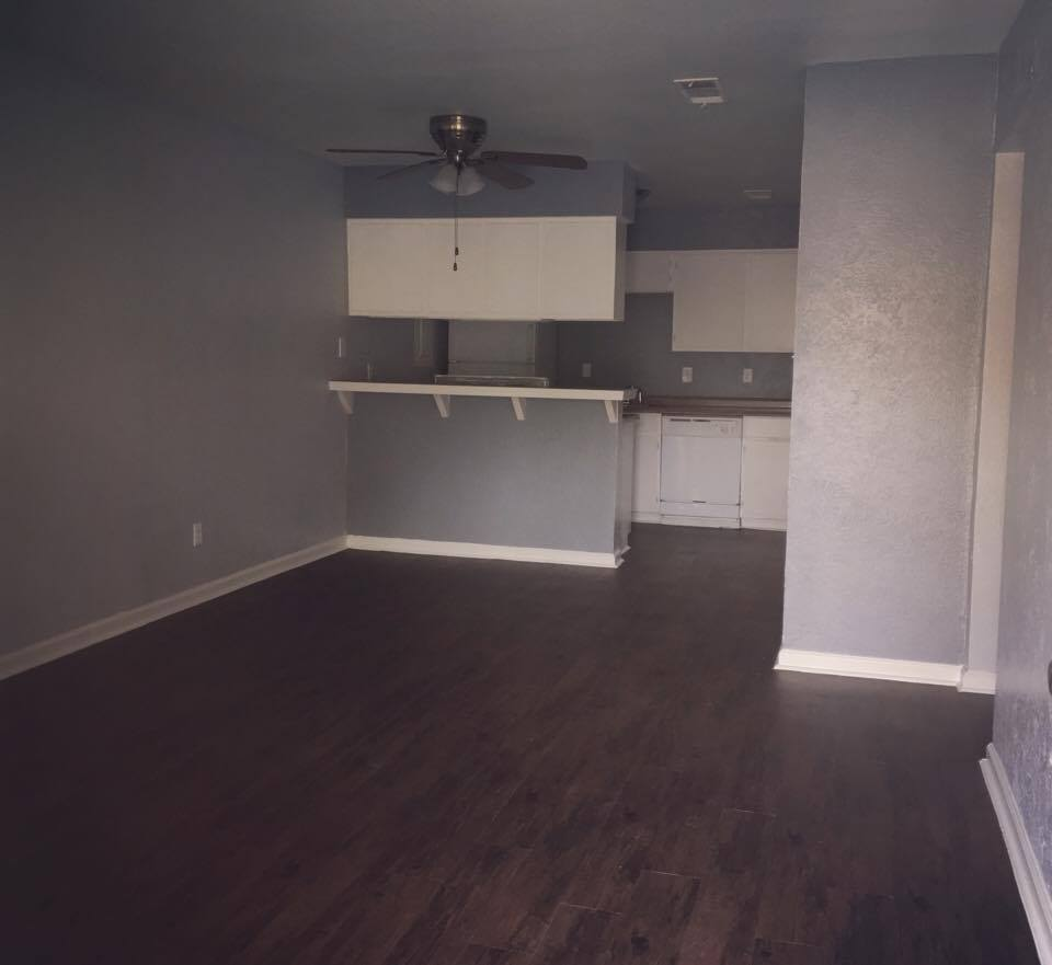 Dining/Kitchen at Listing #136862