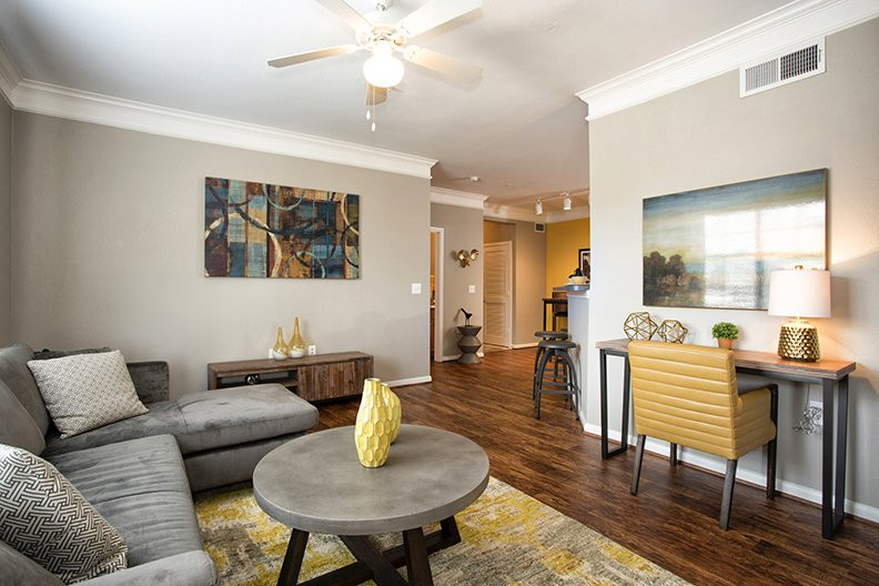 Living at Listing #145894