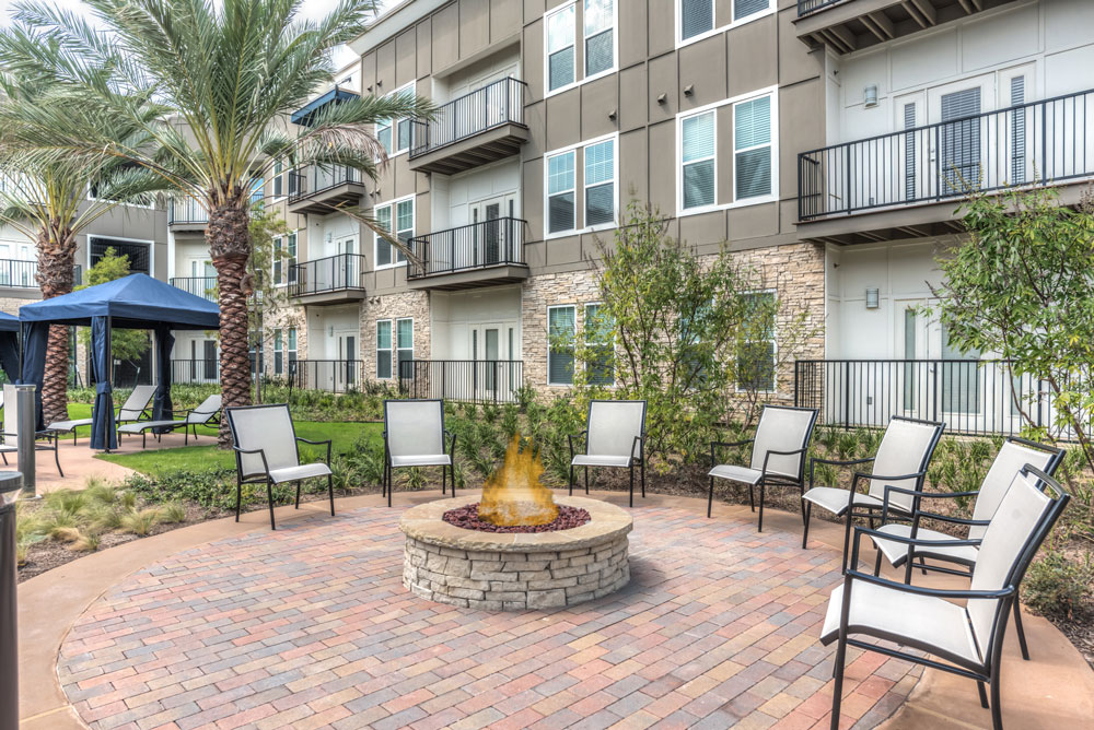 Fire Pit at Listing #277766