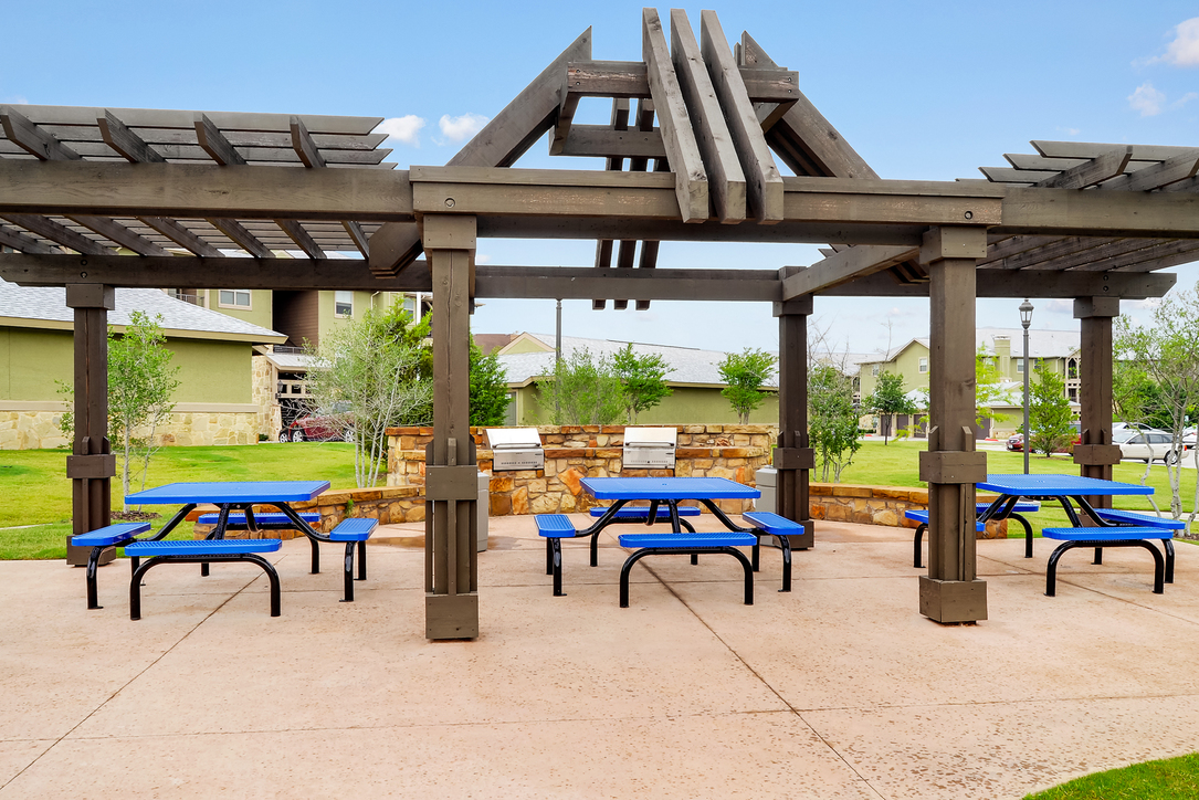 Picnic Area at Listing #153245