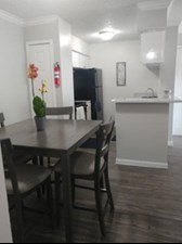 Dining/Kitchen at Listing #229010