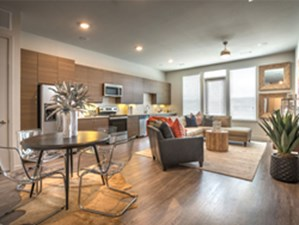 Living Area at Listing #280669