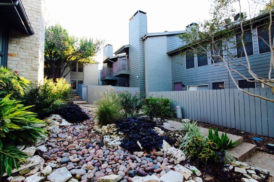 Greystone Flats Apartments Austin TX