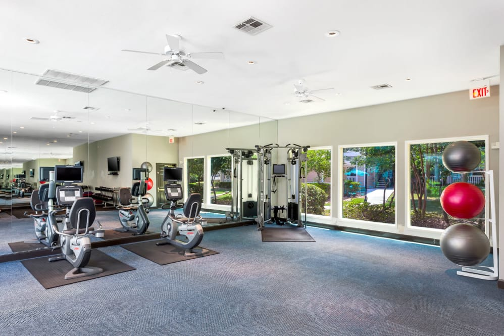 fitness center at Listing #141373
