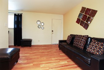 Living at Listing #215043