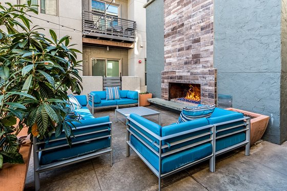 Lounge at Listing #228084