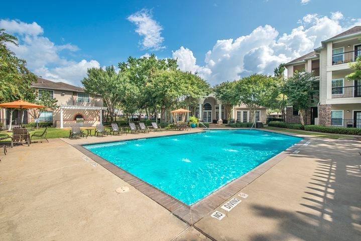 Pool at Listing #138865